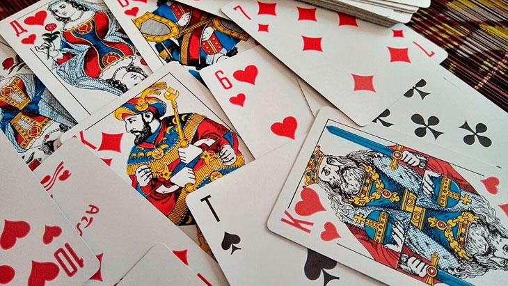 Шесть карт на короля