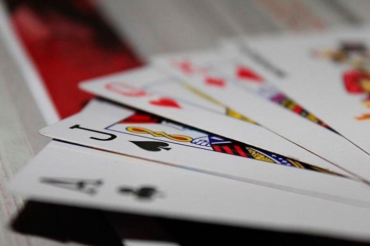 Гадание с игральными картами на будущее - с чего начать?