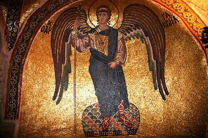 История спасения и чудеса Архангела Гавриила