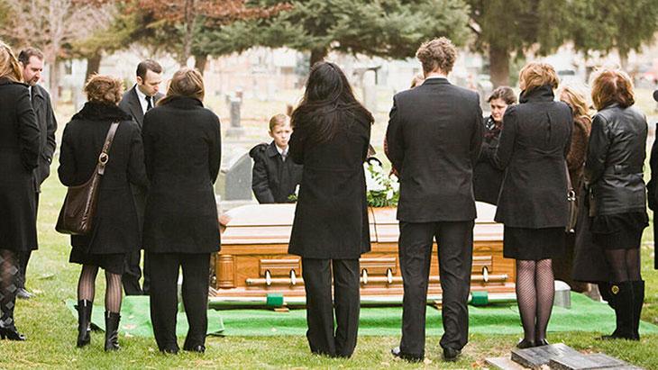 К чему снятся похороны родственников или друзей