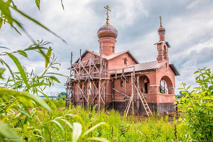 Строить церковь во сне