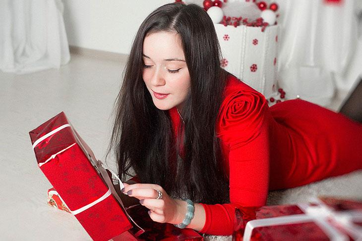 Подарок для женщины-Рака, который ее удивит и обрадует