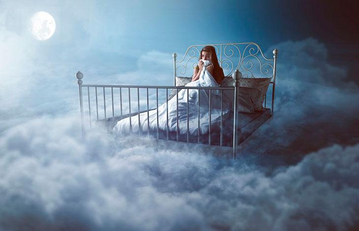 Почему возможны осознанные сновидения?