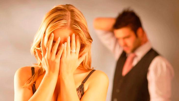 Что предвещает измена мужа на ваших глазах?