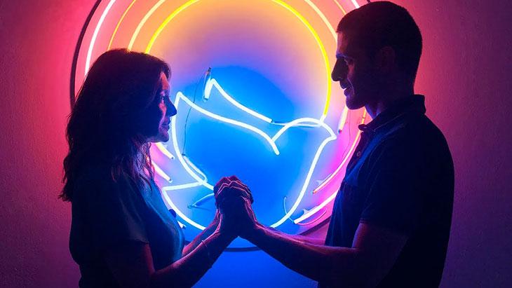 Значение Аркана Сила в раскладах на отношения и любовь